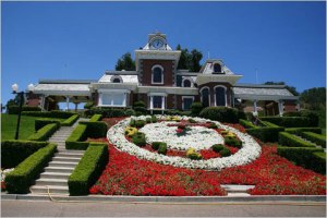 According to the Arvizo family there were no clocks at Neverland…